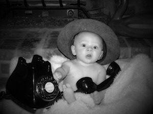 kind bellen met telefoon